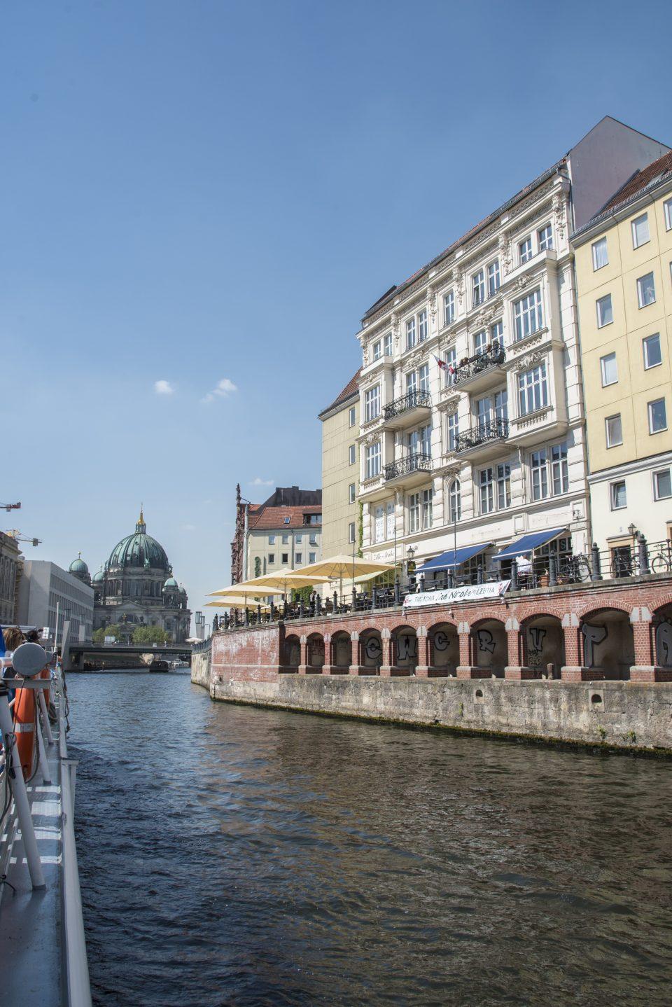 Giro in barca - Berlino - Visitare Berlino - Istanti in viaggio